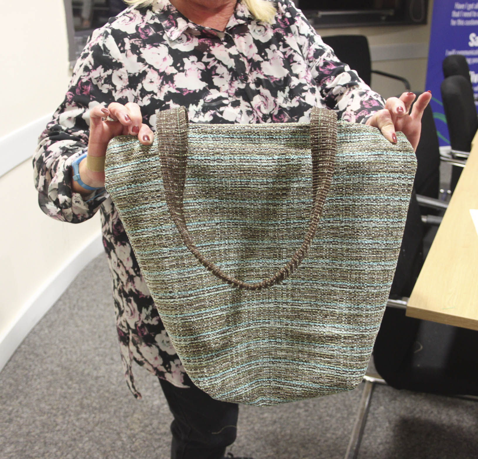 How To Profit From A Home Sewing Business: First Sewing Project: Tote Bag [20.02.16]
